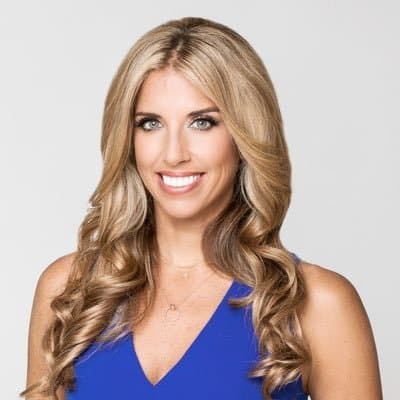Newspaper article: ESPN anchor Sara Walsh credits Title IX